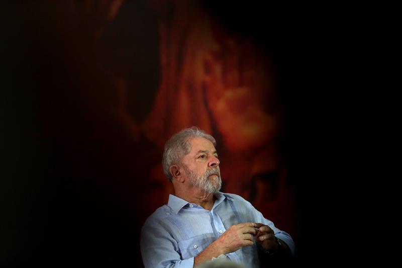 Resultado de imagem para Prisão de Lula - Jovem Pan