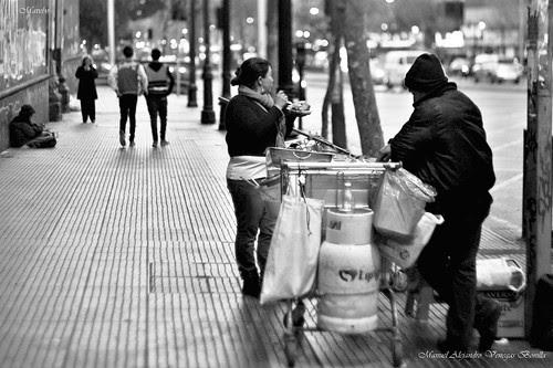 Santiago de Chile al anochecer by Alejandro Bonilla
