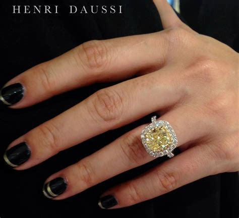 24 Exhibitors Share Their Best Selling Jewels From JCK