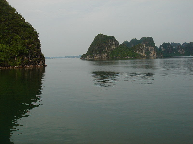 File:Ha Long.JPG