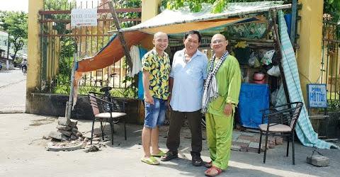 Đời Nghề #9: 20 năm 1 chiếc ghế hớt tóc mưu sinh khu chùa cổ Khleang nhưng nụ cuời tỏa nắng