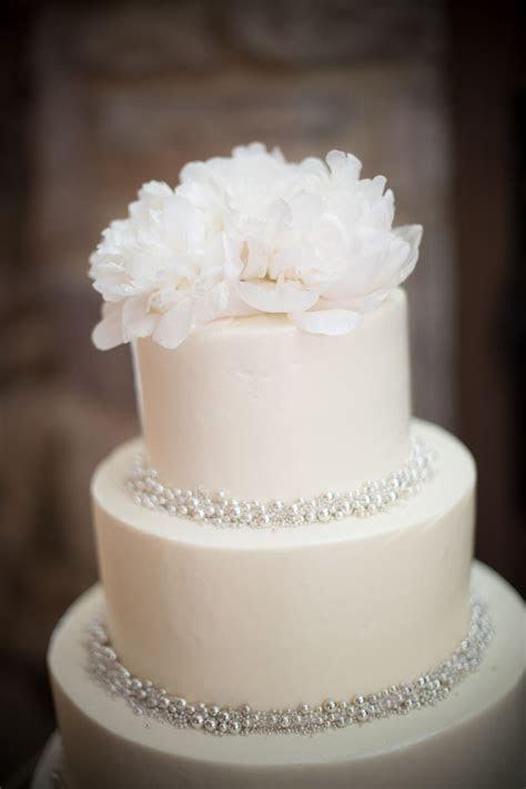 7 Sweet   Simple Wedding Cakes   Wedding: Cakes   Wedding