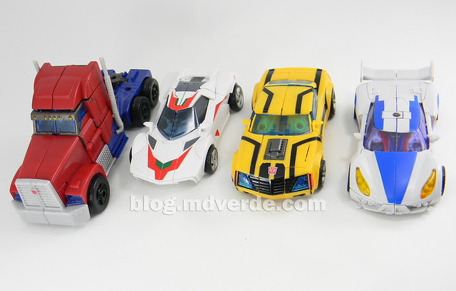 Transformers Smokescreen Deluxe - Transformers Prime Beast Hunters - modo alterno vs otros Prime