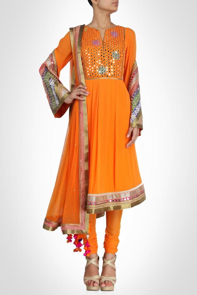 Beautiful-Bridal-Wedding-Lehanga-Choli-Saree-Anarkali-Churidar-New-Fashion-Dress-by-Designer-Surily-Goel-10