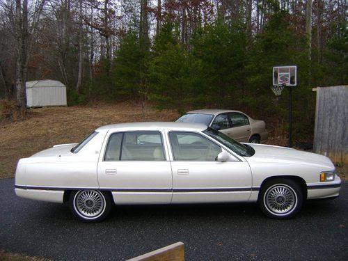 Find used Cadillac Sedan DeVille 1995 Pearl White / White ...