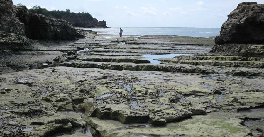 low tide in Playa Escondida