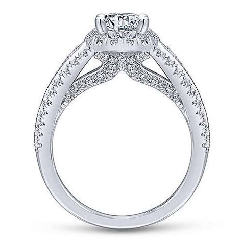 Magnolia 14k White Gold Oval Halo Engagement Ring