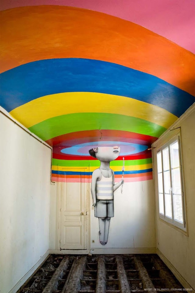 Fifty Street Artists Descend on Condemned Parisian Nightclub Les Bains  street art Paris