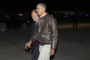 President Barack Obama walks with US Ambassador to …