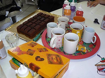 thé et chocolate cake.jpg