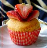 STRAWBERRY YOGURT MUFFIN