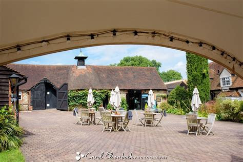Old Luxters Barn wedding venue   wedding photography at