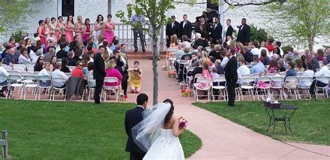 Weddings & Receptions   Mackinaw Valley Vineyard   Central