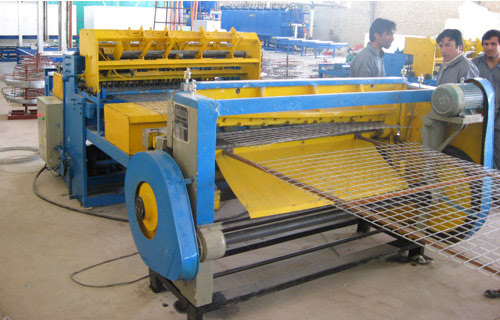 Assembling 3D Panel Wire Mesh Welding Machine for Sale ...