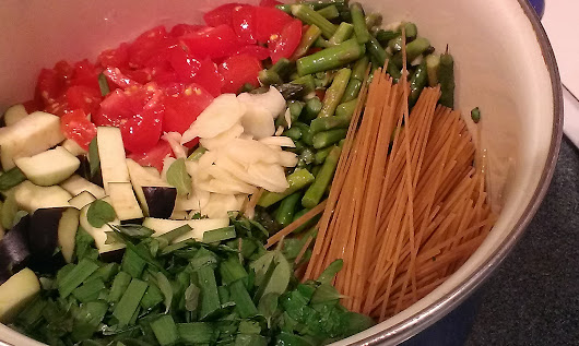 Pinterest Recipes; One Pot Spaghetti - The Creative Cottage