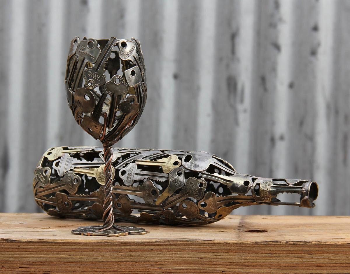 key bottle and key glass by Moerkey