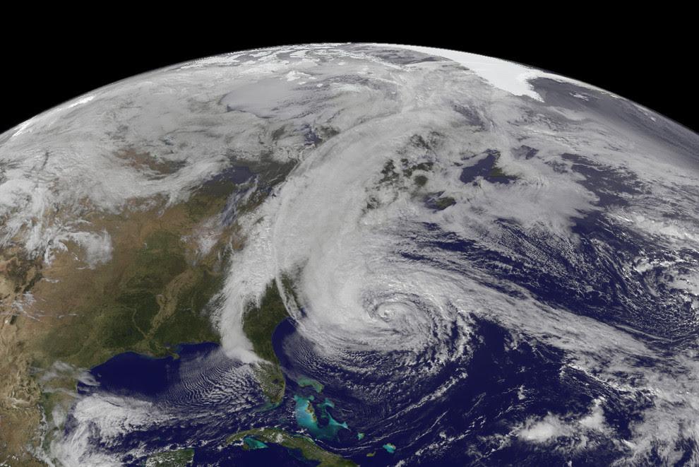 increible foto del huracan sandy