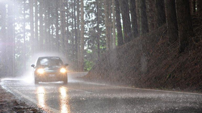 Conducir bajo la lluvia será más costoso. El desarrollo del proyecto es de Octo Telematics.