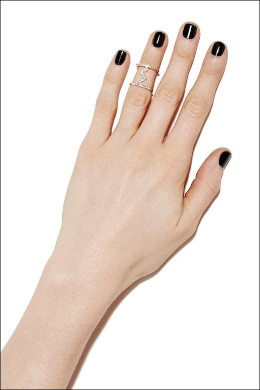 LE FASHION BLOG NASTY GAL RINGS DOUBLE PAVE RINGS WITH ZIG ZAG CONNECTOR MIDI RING NAIL POLISH MANICURE SMALL DAINTY RINGS AFFORDABLE CHEAP JEWELRY 2 photo LEFASHIONBLOGNASTYGALRINGS2.jpg
