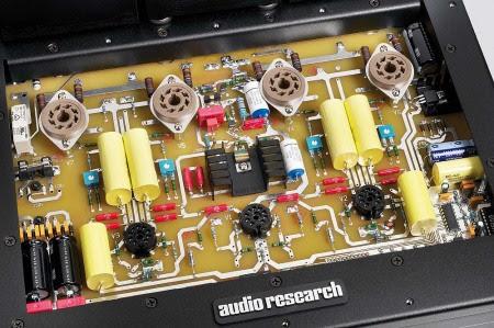 Chọn ampli đèn hay transistor?