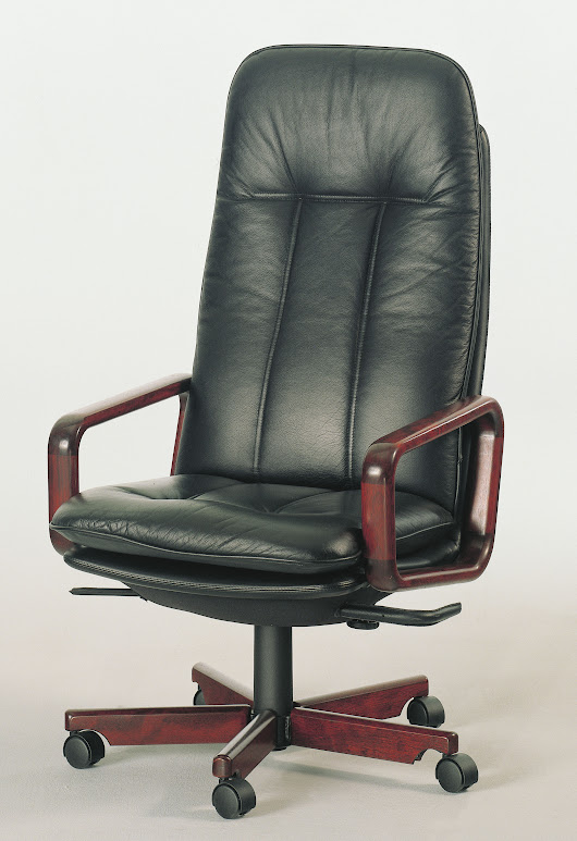 Executive Office Chair l Office Seating