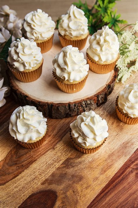 Lemon and Elderflower Royal Wedding Cupcakes Recipe ? FOOD