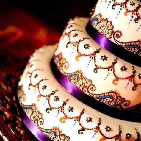 Wanna B. Gourmande: India Themed Wedding Cakes