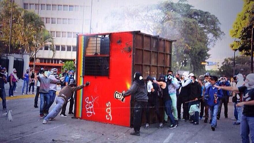 Caseta volcada. Foto: Albaciudad