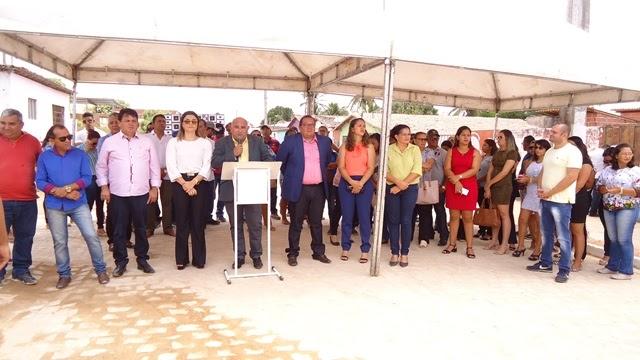 João Câmara: Prefeito Manoel inaugura calçamento da antiga rua 29 de Outubro