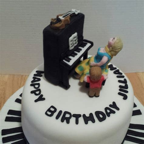 Piano Cake for Jillian!   Pretty Cakes   Pretty Cakes