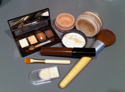 Are Bismuth Oxychloride and Gluten in Makeup Causing Cystic Acne?