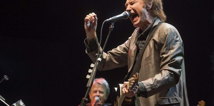 The Kinks celebra 50 aniversario de la canción 'Lola'