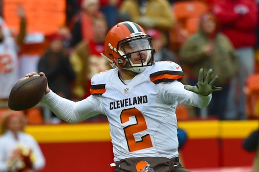 #Browns new HC #Hue_Jackson will move on from Johnny #Manziel  Hue Jackson reportedly wants nothing ...