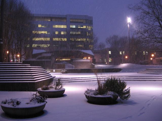 early morning snow, lovejoy fountain plaza