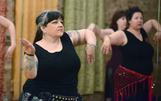 Moving picture: Elgin woman teaches belly dancing