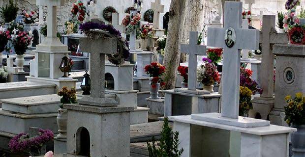 Αυτοκτόνησε πάνω από τον τάφο του παππού του