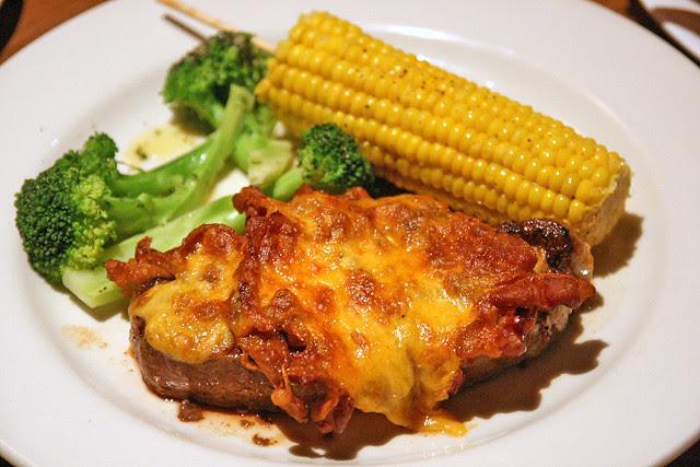 Bacon & Cheddar Steak