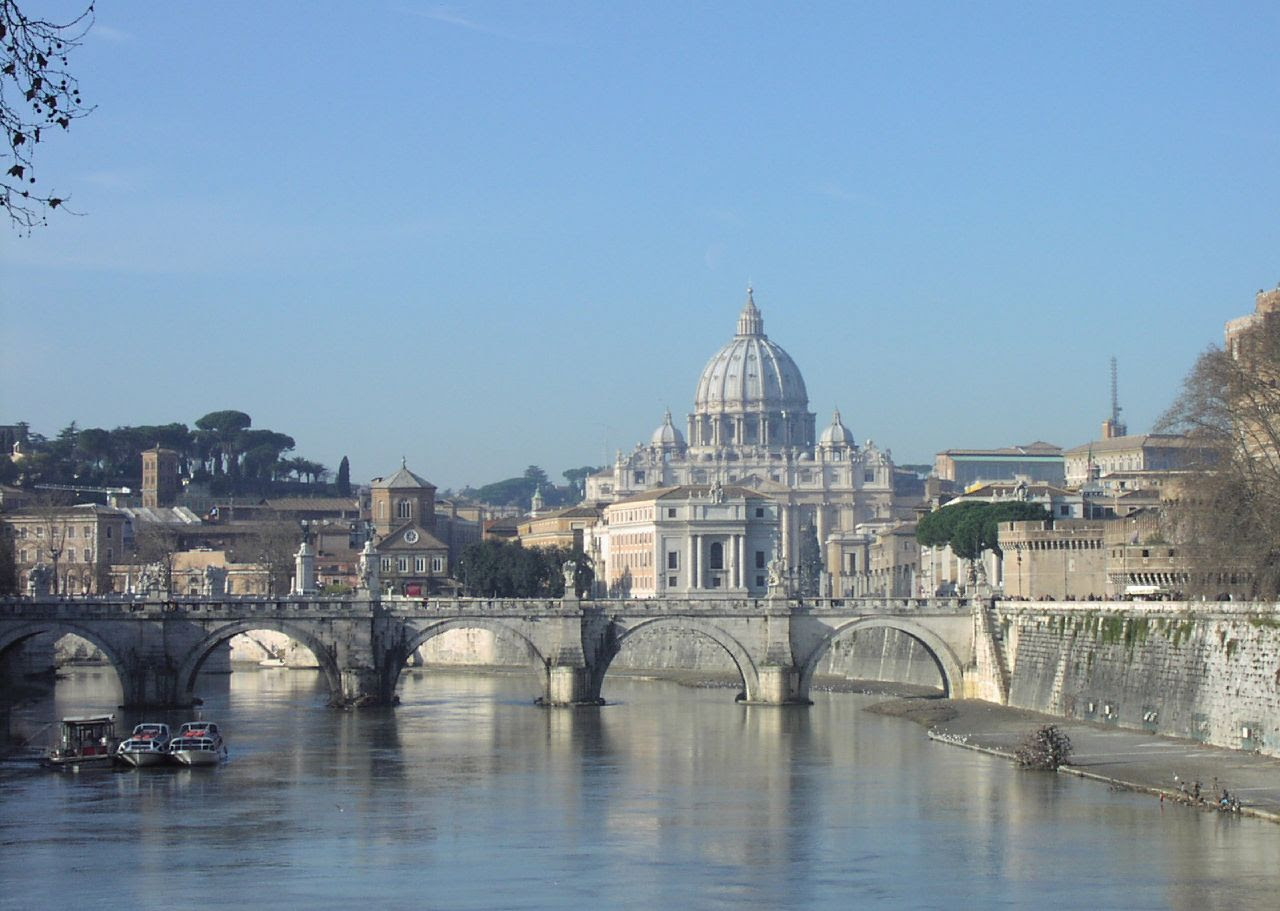 http://upload.wikimedia.org/wikipedia/commons/b/be/Vatican_City_at_Large.jpg