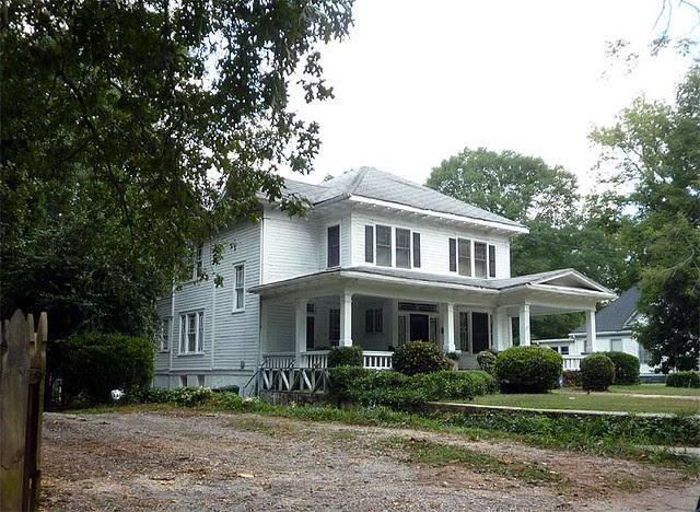 P1030494-2010-08-20-Howard-Kirkwood-House