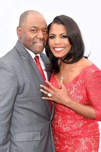 Omarosa Married In Trump Hotel Wedding   Details!