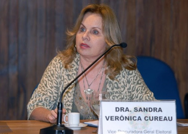 http://abobado.files.wordpress.com/2010/07/blog_19_07_2010_procuradora_eleitoral_sandra_cureau_thumb.jpg?w=626&h=447