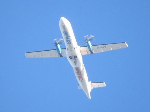 aircraft_in_flight-001