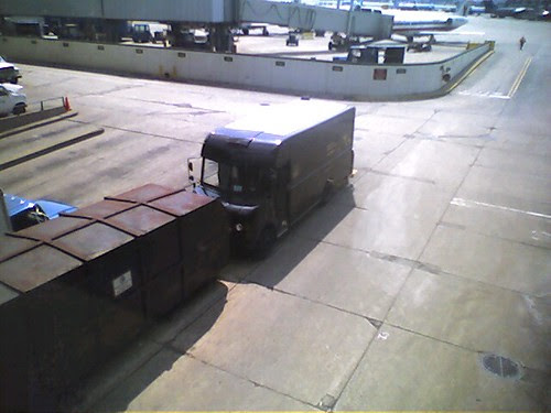 Do all ups trucks have white roofs ? White roofs make the truck  cooler.
