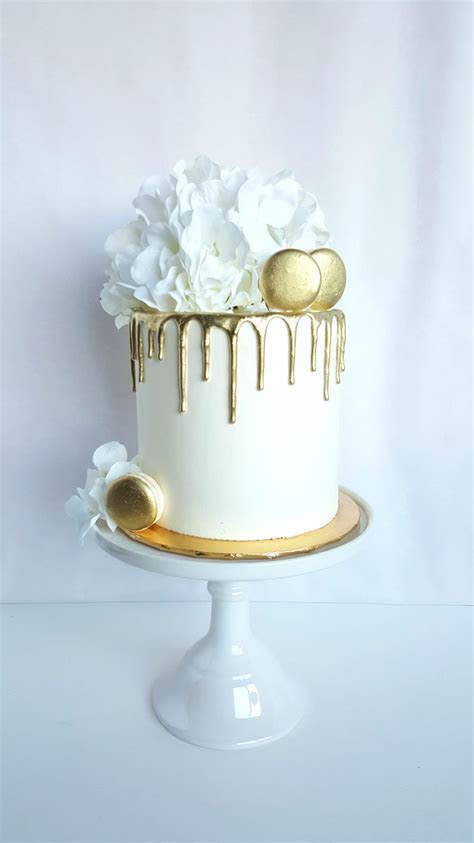 CocoaBerry Cake Co. ? Wedding and Custom Cakes, Cupcakes