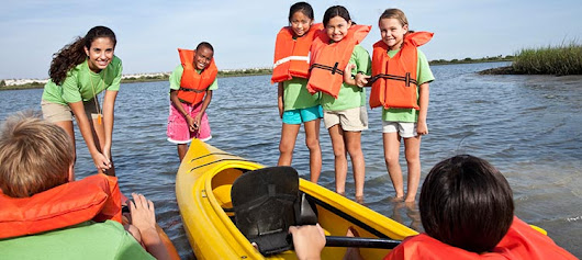 10 questions to ask when choosing a summer camp | Parenting