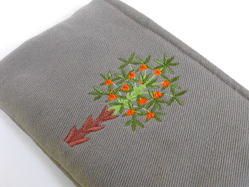 Twill Pouch / Hungarian Tree Design