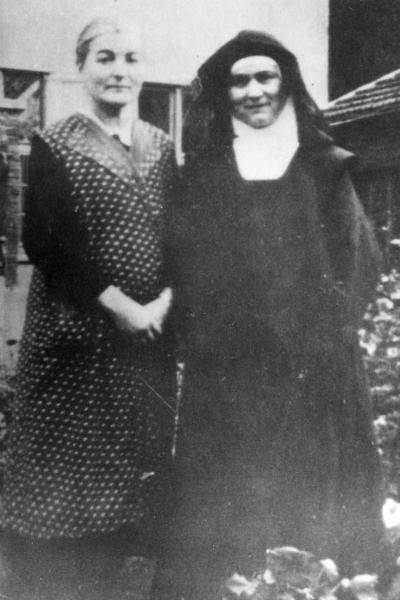 Rosa Stein and Edith Stein, 1939