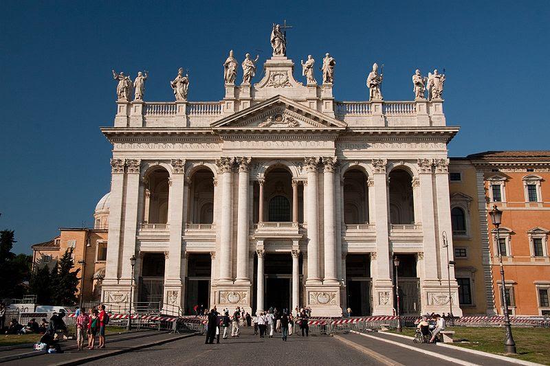 Archivo: Basilica di San Giovanni in Laterano - Facade.jpg