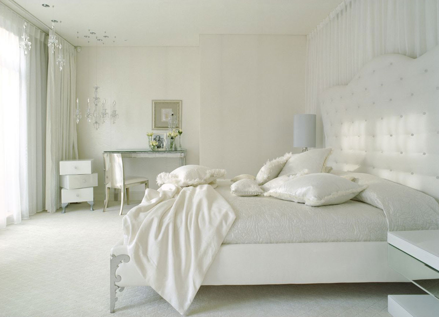 30 White Bedroom Ideas For Your Home - The WoW Style
