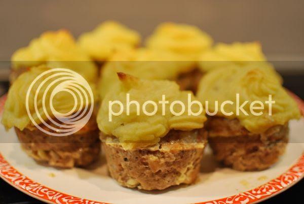 Hackfleisch Muffins mit Kartoffeltopping